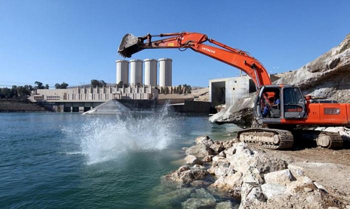 Ученые предупреждают о риске разрушения плотины в Мосуле