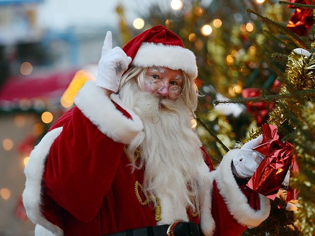 Ученые советуют не обманывать детей насчет существования Санта Клауса