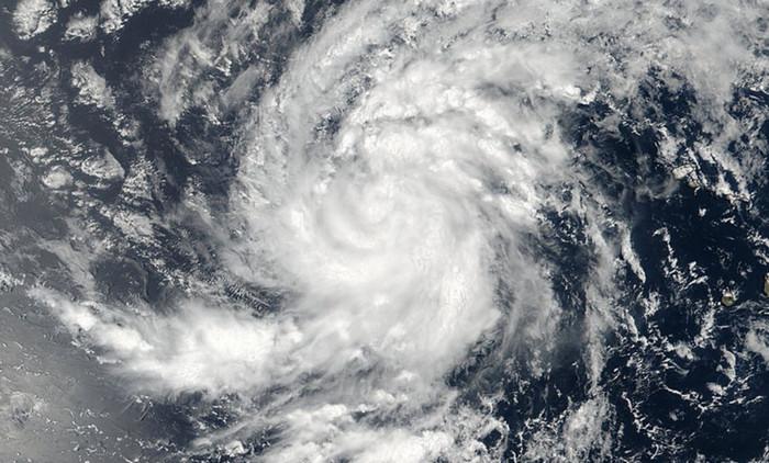 Ураган третьей категории Ирма приблизился к Карибским островам