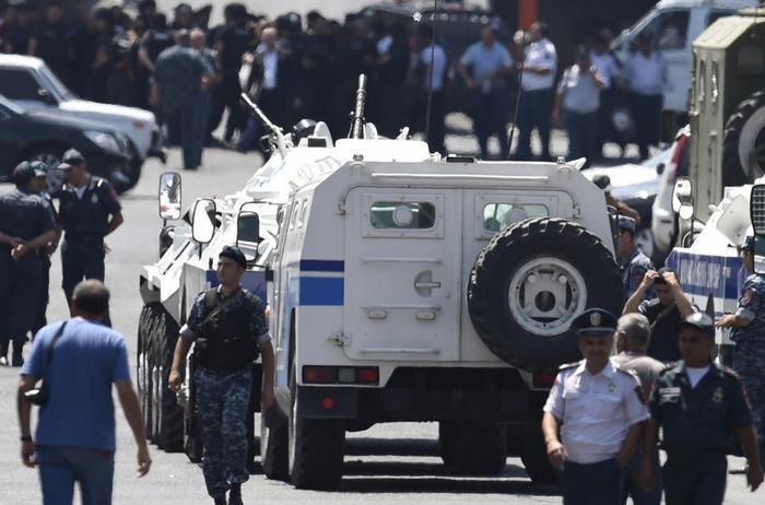 В Армении ввели ограничения на продажу оружия