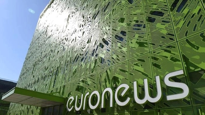 В Euronews бастуют из-за закрытия украинской и еще нескольких редакций