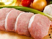 В Евросоюзе хотят ежегодно взыскивать с России 1,4 млрд евро из-за свинины