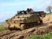В Германии судят мужчину за покупку двух танков для арт-проекта