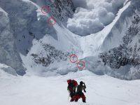 В Индии из-за лавины погибло 11 человек