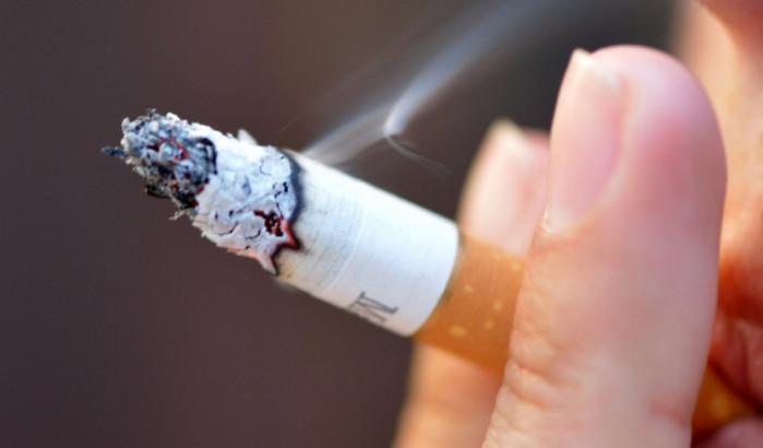 В Канаде от курения умирает 45 тысяч человек ежегодно