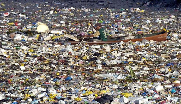 В Кении посадят на 4 года за использование пластиковой упаковки