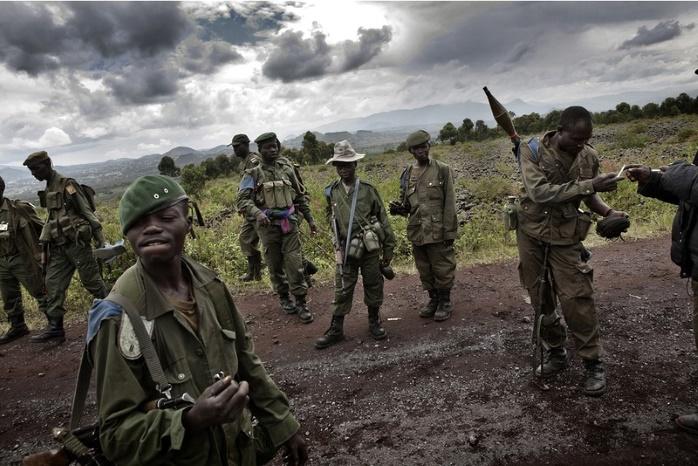 В Конго взяли в плен летчика и требуют выкуп $1 миллион