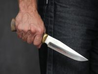 В Лондоне неизвестный мужчина с ножом напал на прохожих