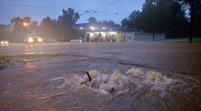 В Новом Орлеане объявлено чрезвычайное положение