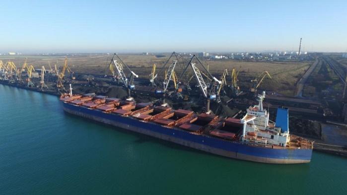 В Одессу прибыла последняя в 2017 году партия американского угля