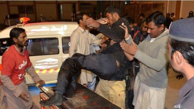 v-rezultate-terakta-v-policejskoj-akademii-v-pakistane-pogibli-59-chelovek-foto3