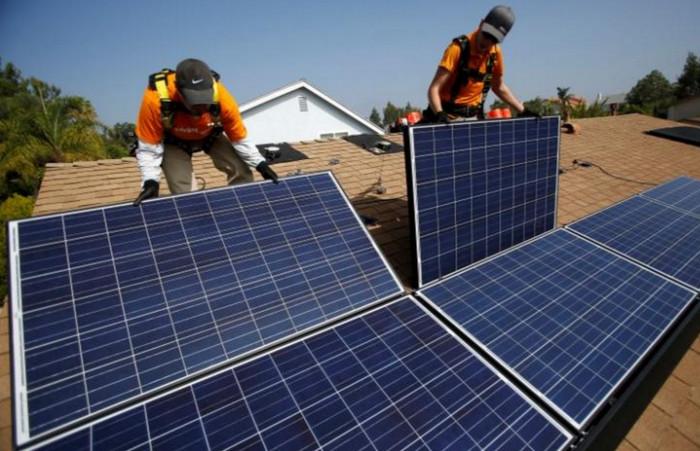 В США отмечено увеличение рабочих мест в сфере солнечной энергетики