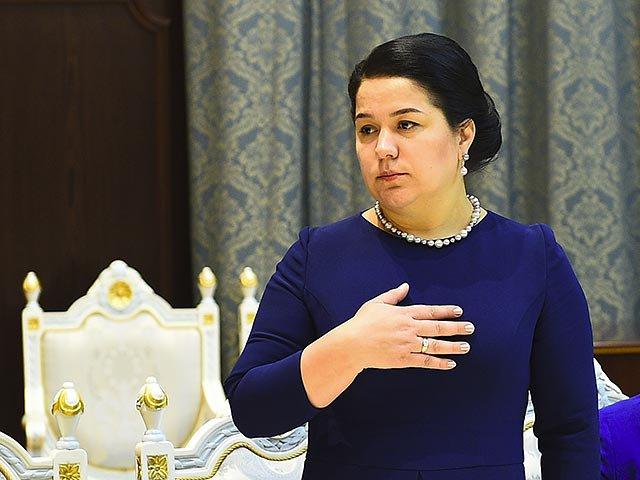 В Таджикистане богатых обязала подавать милостыню бедным дочь президента