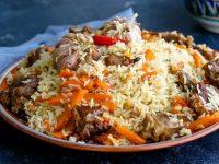 В Таджикистане повар случайно заправил плов едким нитратом натрия и убил четверых людей