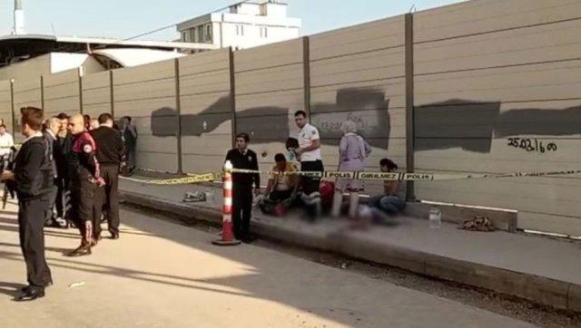 В Турции неизвестный расстрелял школьников