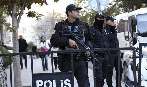 В Турции взорван автобус с полицией