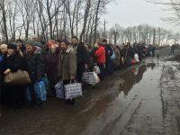 В Украине 407 тысяч переселенцев утратили доступ к социальным выплатам и пенсиям