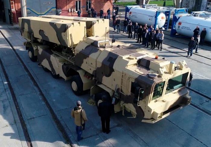"""В Украине успешно прошли испытания оперативно-тактического комплекса """"Гром-2"""""""