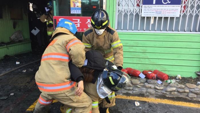 В Южной Корее созывают экстренное совещание из-за пожара в больнице