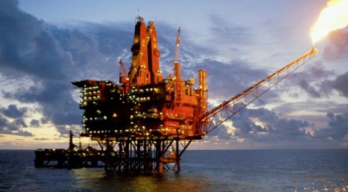 Великобритания потратит 29 млрд долларов на обновление нефтяных вышек