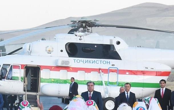Вертолет президента Таджикистана убил директора аэропортагорода Хорог Дилдор