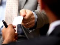 Преимущества и изготовление двойных визиток