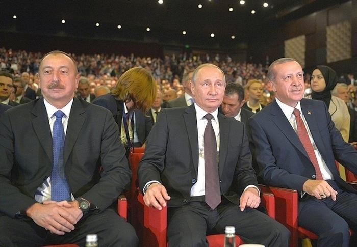 Владимир Путин возлагает большие надежды на нефть и газ