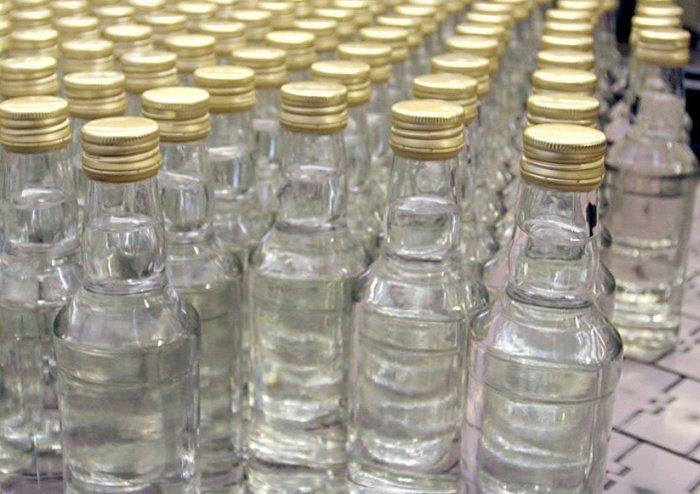 Впервые за 2 года в России дорожает водка