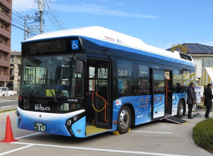 Водородные автобусы Toyota FC Bus появятся на улицах Токио в 2017 году