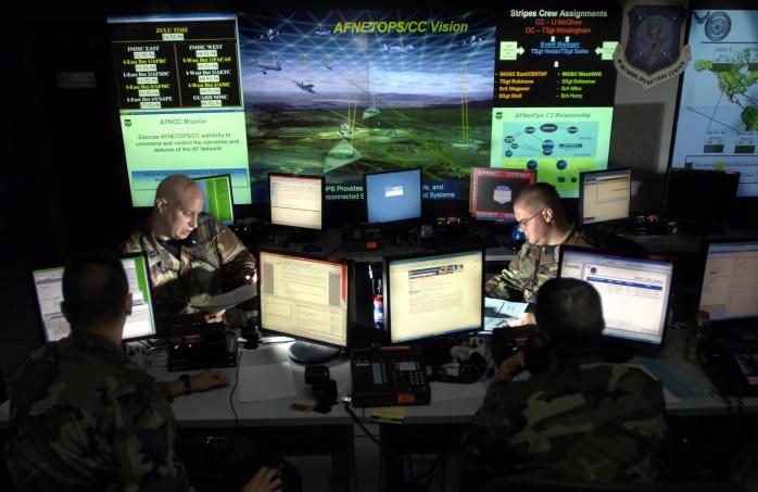 Военные хакеры США проникли в российские электросети, телекоммуникации и командную систему Кремля, — NBC News