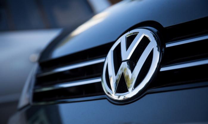 Volkswagen покупает мобильный сервис оплаты за парковку PayByPhone