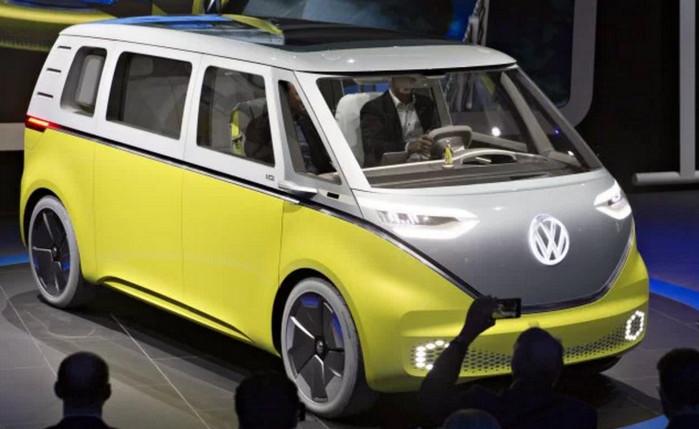 """Volkswagen возобновляет производство """"Hippie Bus"""" в электрической версии"""