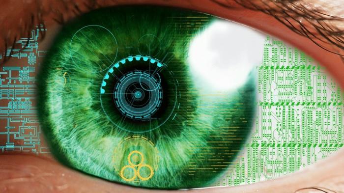 Врачи могут имплантировать дополненную реальность прямо в глаза