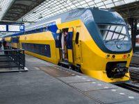 Все поезда в Голландии используют только энергию ветра