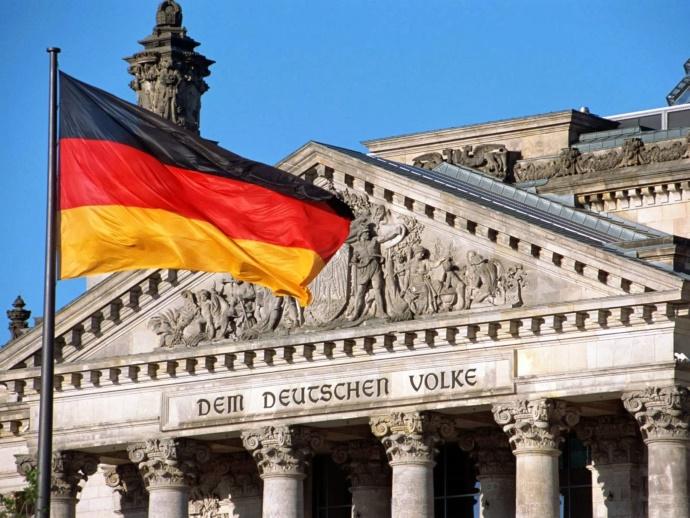 Выборы в Германии: правопопулистская партия вышла на третье место в предвыборной гонке