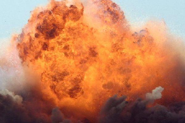 В Чехии на зове в городе Поличка взорвалось 500 тонн пороха (видео)