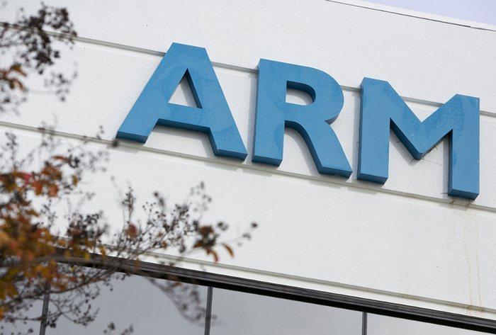 Японская телекомгруппа SoftBank купит разработчика чипов ARM за 24,3 млрд фунтов