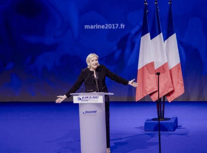 Японские инвесторы продали французские облигации на 13,4 млрд евро