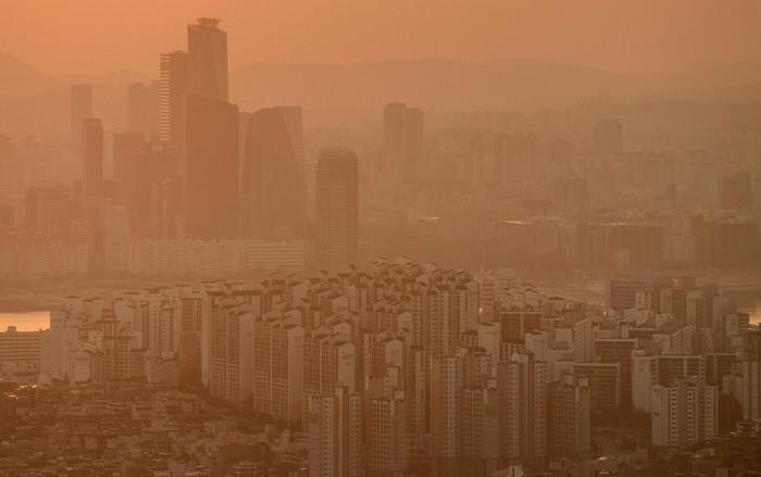 Южная Корея объявила борьбу с растущим смогом