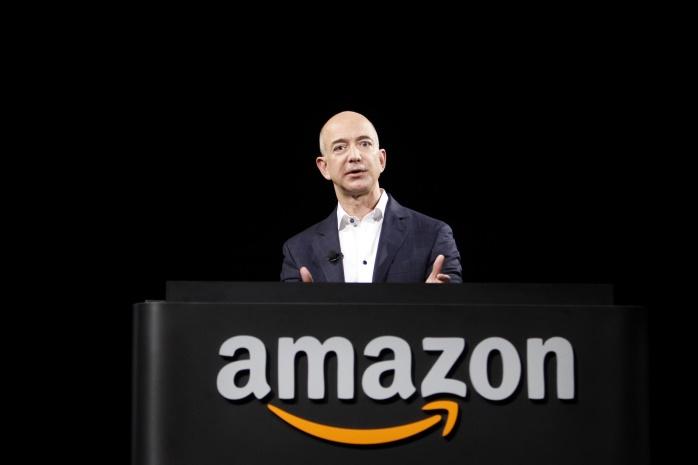 За час основатель и глава Amazon Джефф Безос потерял $3 млрд