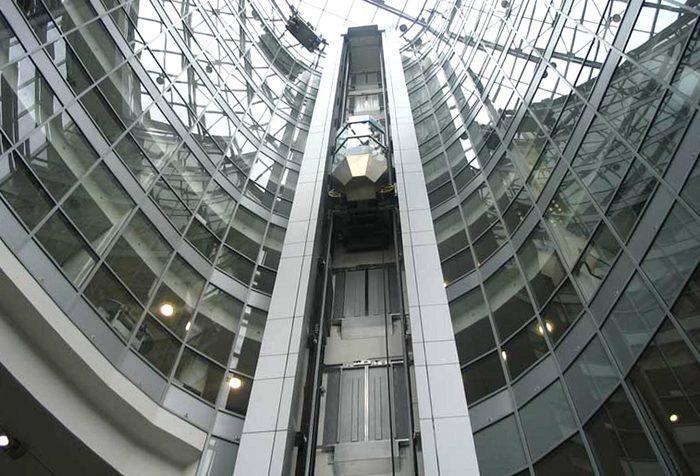 Запчасти для лифтов: что нужно знать