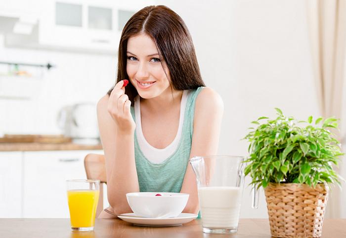Что полезно на завтрак? Что лучше есть утром, а какие продукты кушать нельзя fdlx фото