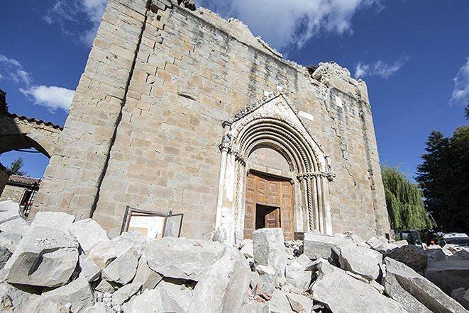 Землетрясение в Италии: экономический ущерб перевалил за 1 миллиард долларов