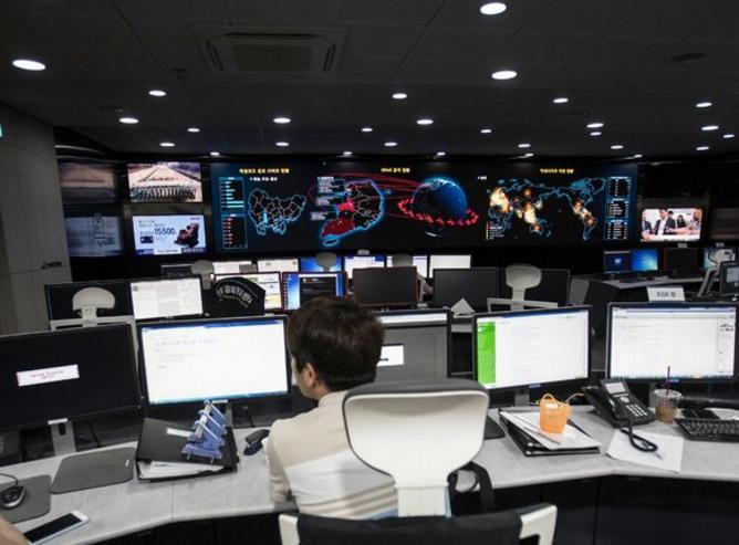 Жители США считают, что кибератаки несут наибольшую угрозу безопасности, - опрос