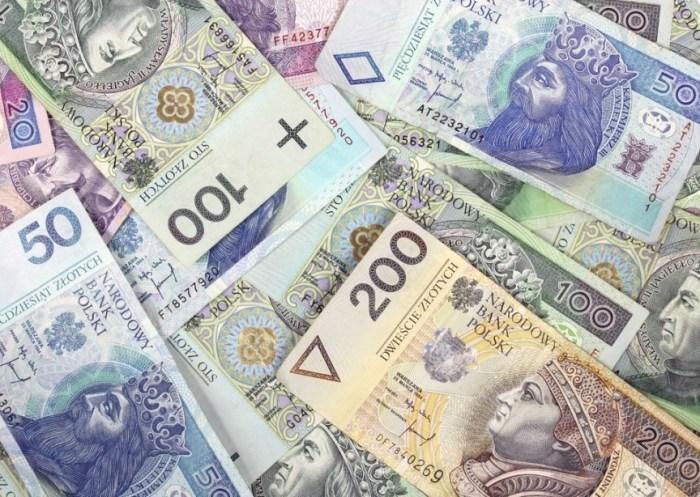 Польский злотый признан самой недооцененной валютой в мире, - Deutsche Bank